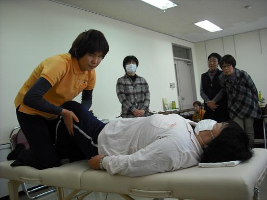 下肢のリラクゼーションマッサージ。実は、全身の血流改善になっているんです!